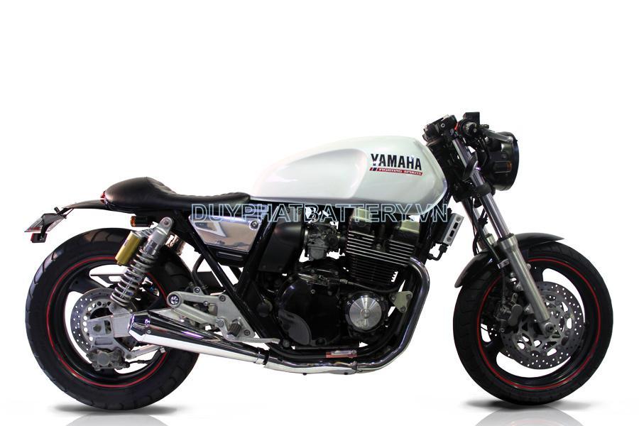 XJR 400
